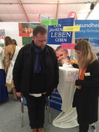 Heinz Schafferhans - steht nicht nur hier mit beiden Beinen fest im Leben!